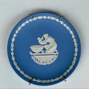 Wedgwood 1973 Mother's Day Plate